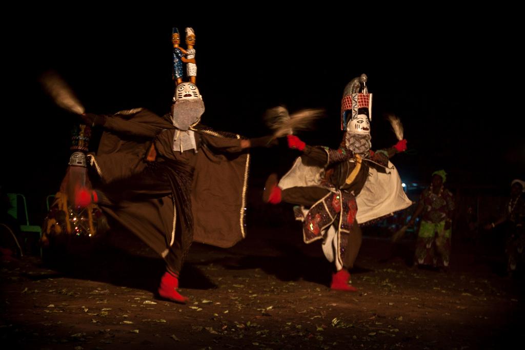 Gèlèdé Night Dancers