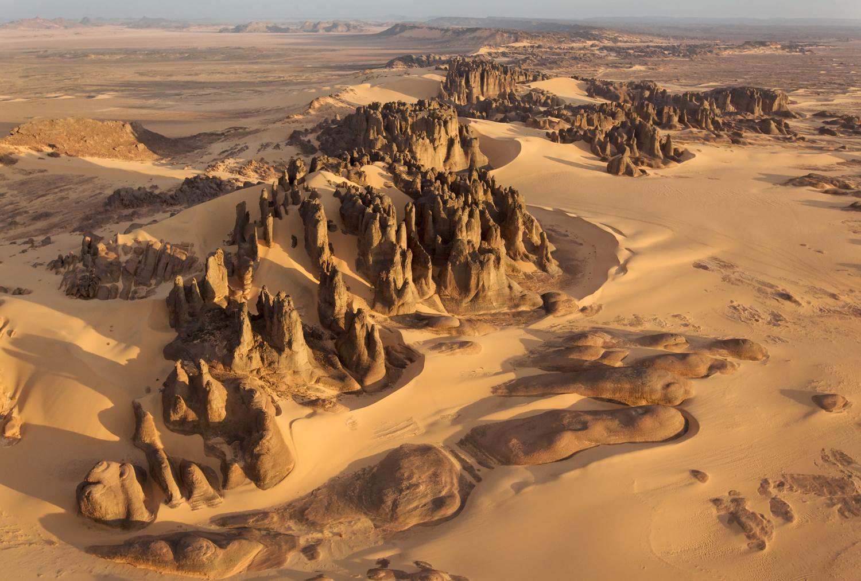 Tassili Du Hoggar, Ahaggar mountains, in the Sahara of Algeria.
