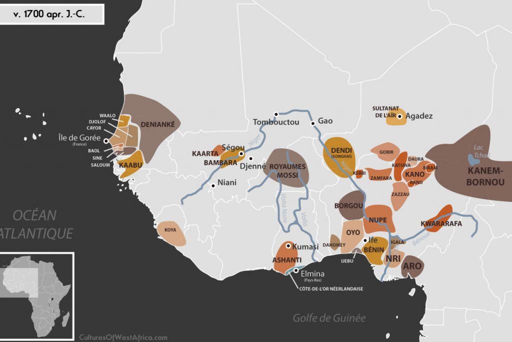 Carte de l'Afrique de l'Ouest vers 1700 apr. J.-C., qui montre les royaumes bambaras de Ségou et Kaarta, l'empire de Denianké, les royaumes de Waalo, Djolof, Cayor, Baol, Sine, Saloum et Kaabu, le royaume de Koya, le Palishak de Tombouctou sous l'empire du Maroc, le royaume songhaï de Dendi, le sultanat de l'Aïr, les royaumes Mossis, l'empire de Kanem-Bornou, les Royaumes Haoussas (Kano, Rano, Gobir, Katsina, Daura, Biram, Zazzau, Zamfara, Kebbi, Nupe, Kwararafa ou Jukun), les royaumes du Bénin, d'Oyo, d'Igala, d'Ijebu, de Nri et du Borgou, le royaume de Dahomey, la Côte-de-l'Or Néerlandaise et l'empire Ashanti.